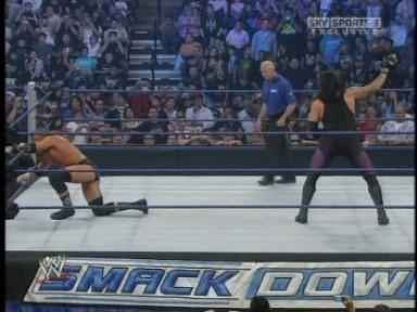 Raw Vs SmackDown : Randy Orton & John Cena & CM Punk & Jeff Hardy & James Storm Vs The Nergal & Drew McIntyre & Sheamus & The Undertaker & Edge - Page 2 Z176115339